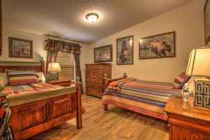 Yellowstone Gateway Inn | 3-bdrm home sleeps 13